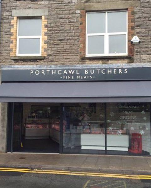 awnings in Cardiff & Bridgend